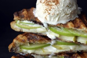 Apple Pie Panini