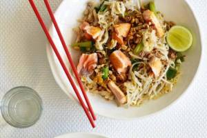 Pad Thai With Salmon Recipe