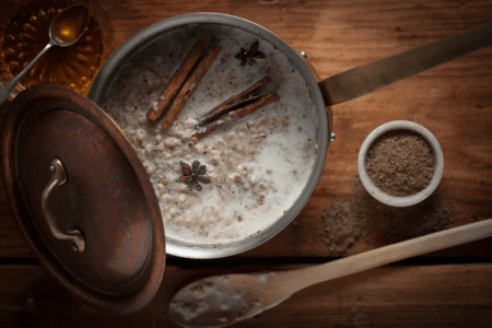 Steel-Cut Oats and Chai Porridge