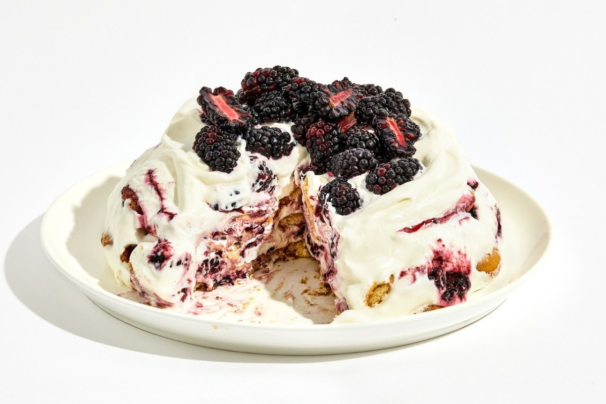 Blackberry Icebox Cake