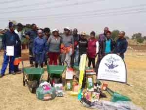 Vukuzenzele Development Forum gardening project donation in the Vaal area.
