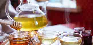 Honey has a soothing effect on sore throats and may even help reduce coughs.