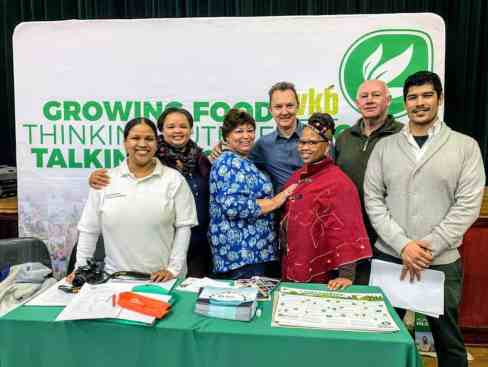 Food for Mzansi's Kobus Louwrens (third from left) with delegates from the Eastern Cape Department of Education.