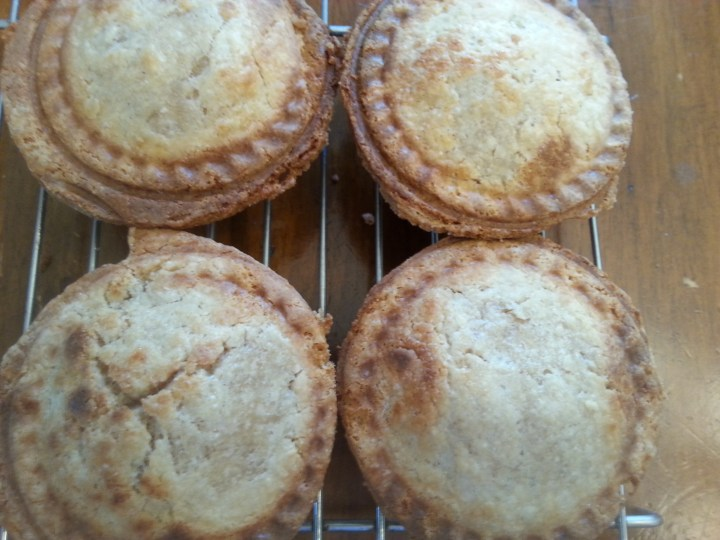 4-apple-pies