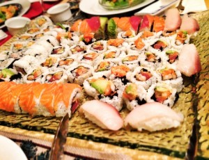 67-300x230 JAPANESE SUSHI ROLLS FOR CHRISTMAS