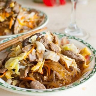 Korean Sweet Potato Noodles with Beef [Japchae]