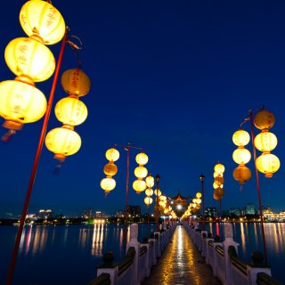 Sightseeing and Night Markets in Kaohsiung, Taiwan
