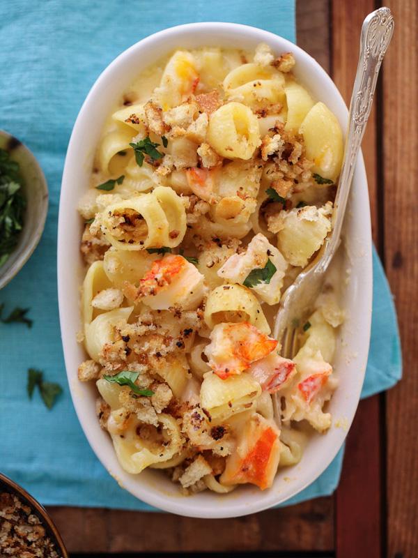 Lobster-Mac-n-Cheese-foodiecrush.com-024