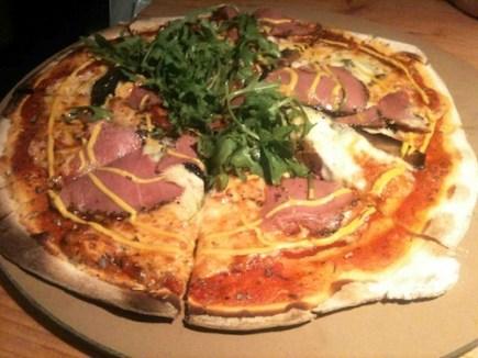 Bier_halle_Pastrami_Blue_Pizza
