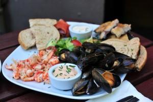 Lorne_Seafood_Platter