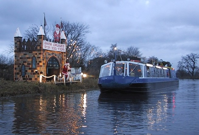 The bridge inn at Ratho Santa cruises