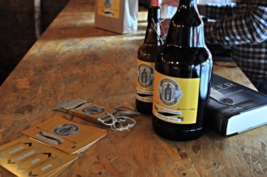 Grunting growler pop up beer seller Glasgow
