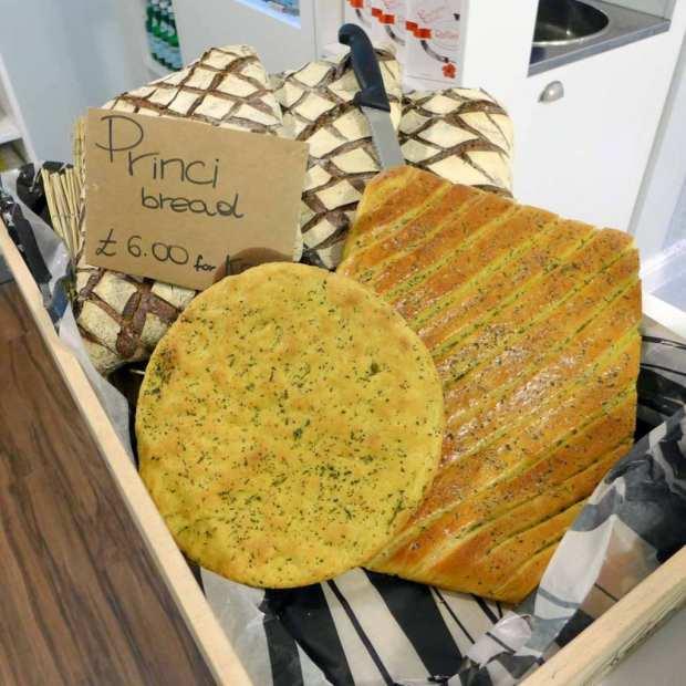 Pastificio Mangio - bread selection