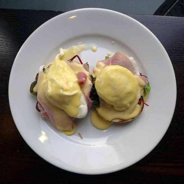 The Salisbury Bar - eggs benedict