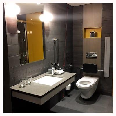Pullman Hotel London St Pancras, Bathroom