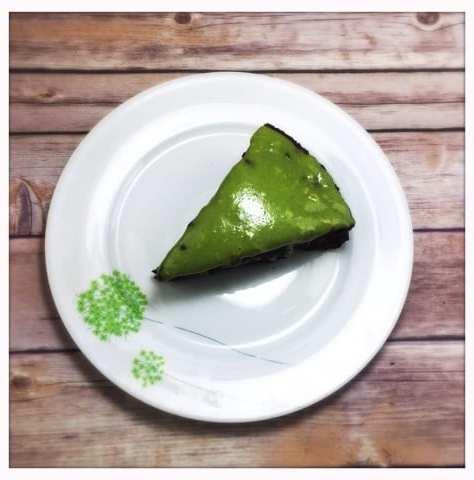 vegan chocolate avocado cake recipe healthy green