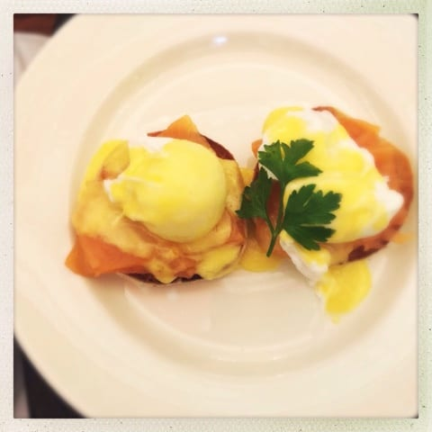 bubbles and brunch hutchesons glasgow Bubbles & Brunch, Hutchesons Bar and Brasserie, Glasgow eggs royale