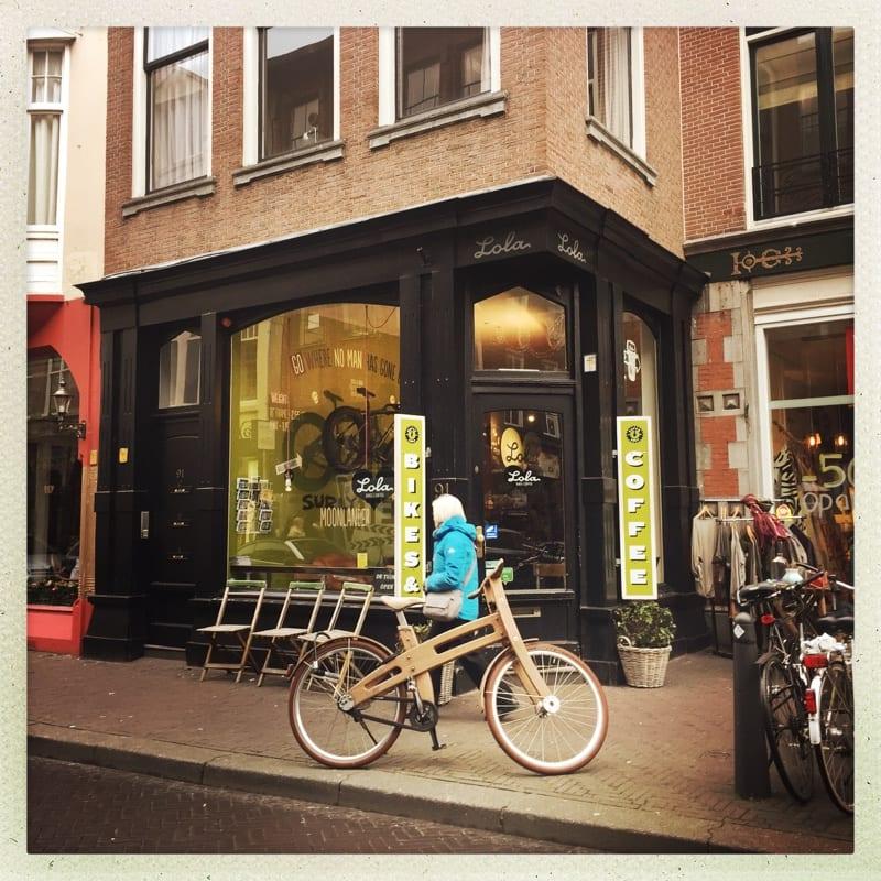 Lola bikes Coffee The Hague Holland Netherlands good coffee