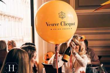 Veuve Clicquot hutchesons summer