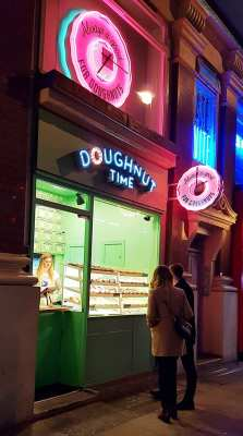 Doughnut time review London Shaftesbury street