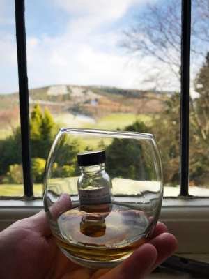Drink Review: Tomatin 5 Virtues Whisky – Metal – Water