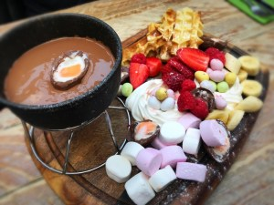 Brel Glasgow West End Creme Egg fondue