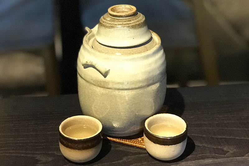 Yamato - sake urn