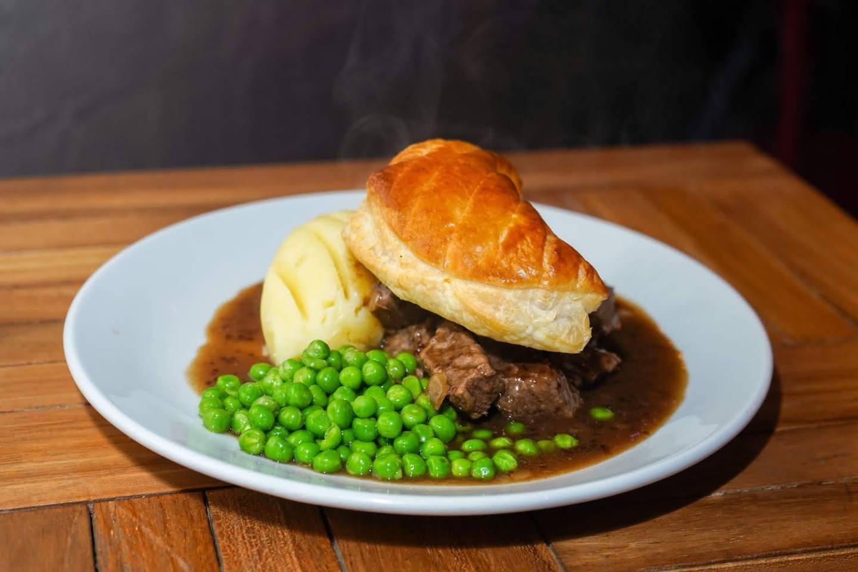 Cùl Cùil steak pie