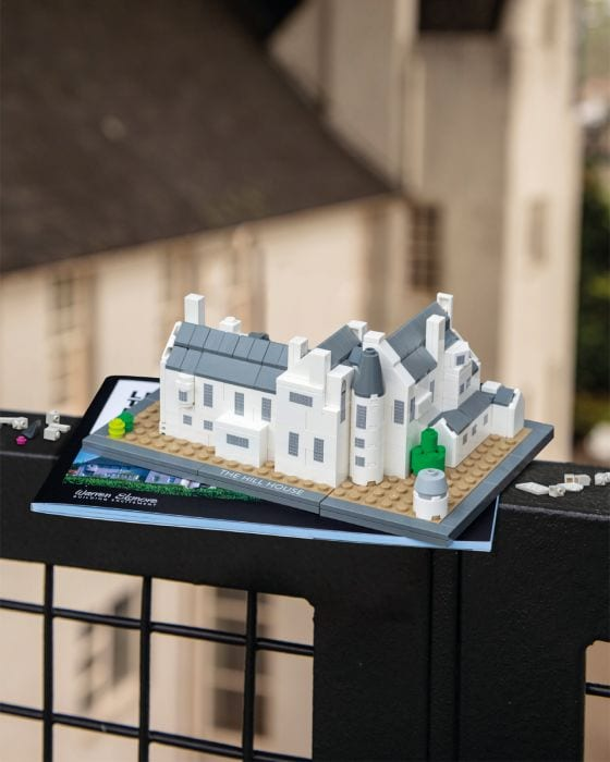 lego hill house