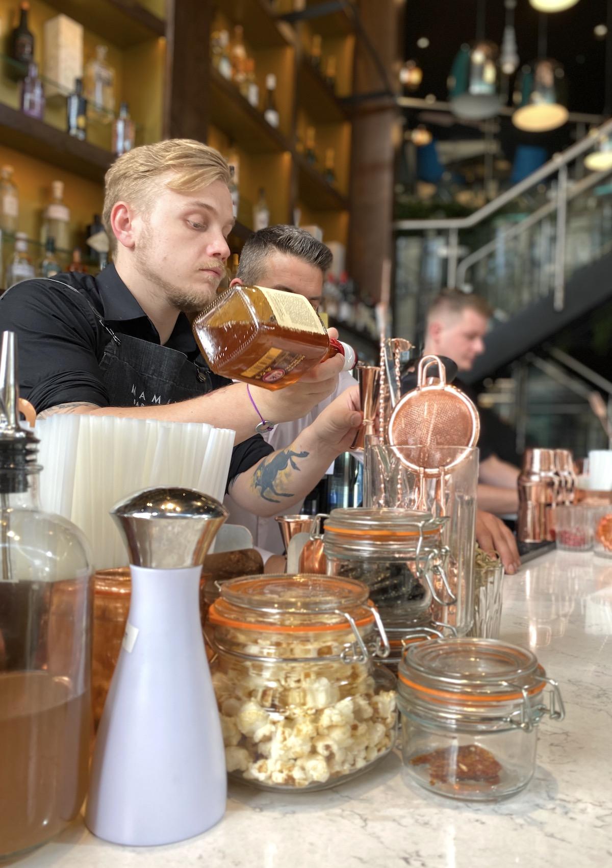 mamasan glasgow bar cocktail making