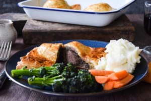Wild and game Individual venison and haggis Wellingtons with red wine gravy