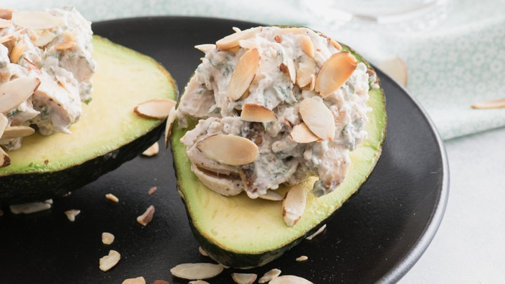 Chicken Salad Stuffed Avocados: The ideal packable lunch