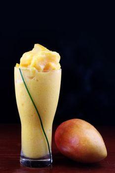 Mango smoothie recipe for mango lovers