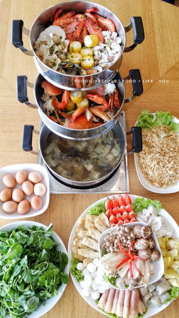 FRESH SEAFOOD STEAMBOAT LOVER: The Seafood Sauna Layer Pot | Steamboat Galore at Resorts World Genting [REVIEW]