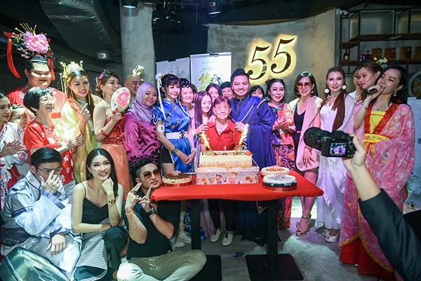 Dr. Zyro Wong 29th Charity Birthday Celebration at Fifty5 Arkadia Plaza