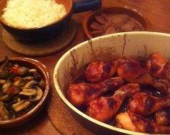 Zoete kip uit de oven met pittige paddestoelen