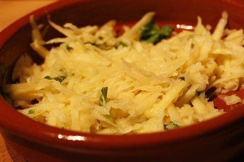 Aardappelmengsel met kruiden