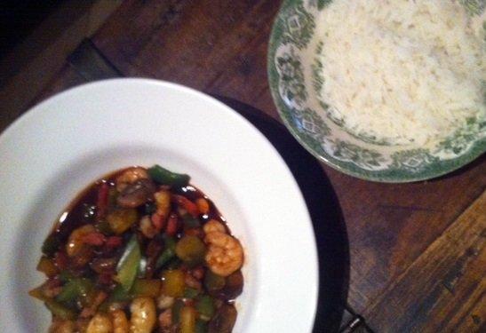 hoisin met garnalen snel roerbakrecept twintig minuten wok recept surf en turf