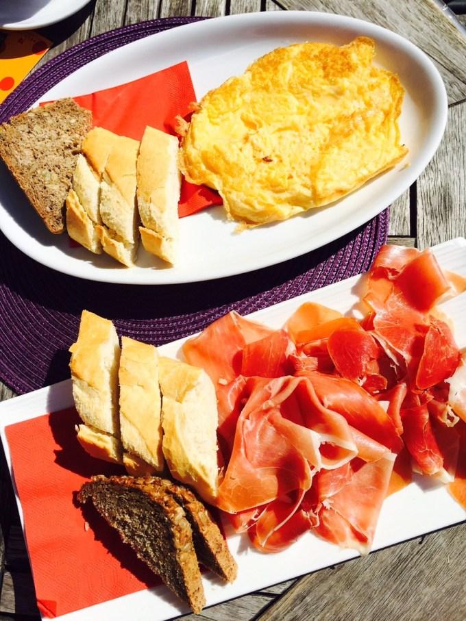 Ontbijten in Innsbruck bij kindvriendelijk tapas en oostenrijks restaurant cammerlander