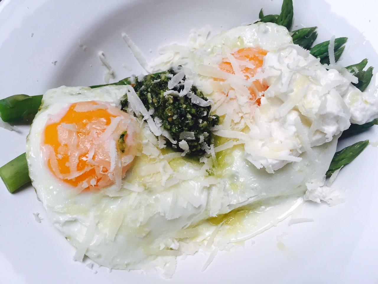 Groene asperge salade met ei recept van Foodblog Foodinista