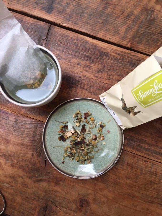 Biologische kamille thee met lemon van Simon Levelt getest door Blogger Foodinista
