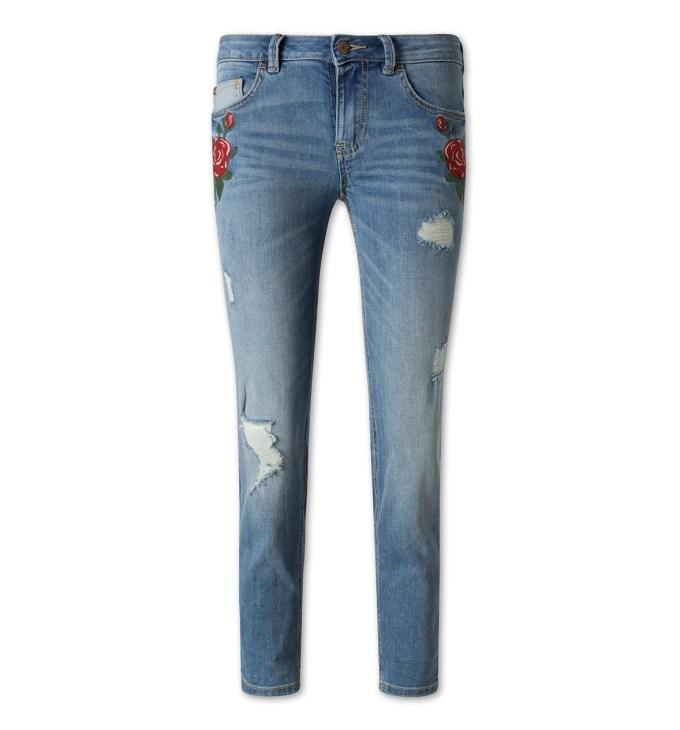 Jeans met bloemen budgetprijs shoptip van blog Foodinista