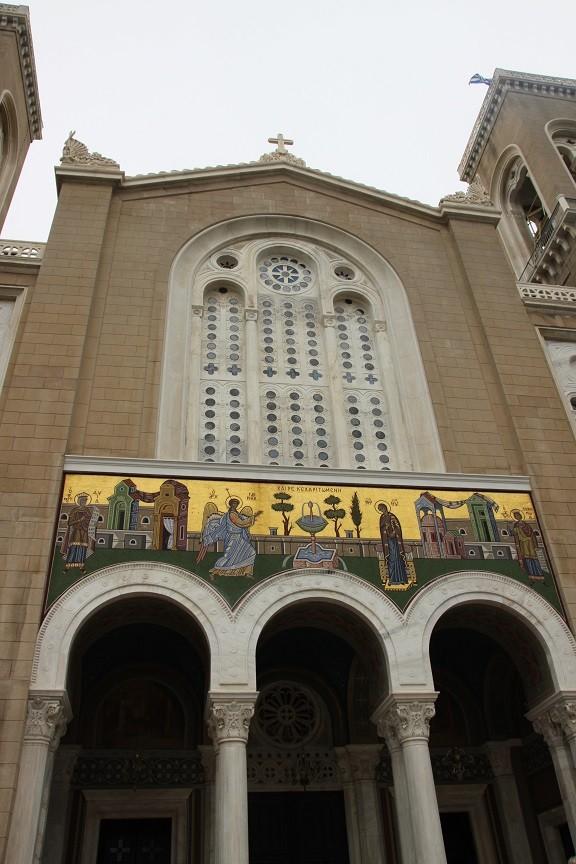 Grote kerk bij Plaka Athene in Griekenland reisverslag Foodinista