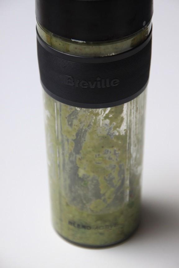 Mix voor Pistache pesto in de Breville Blender foodblog Foodinista