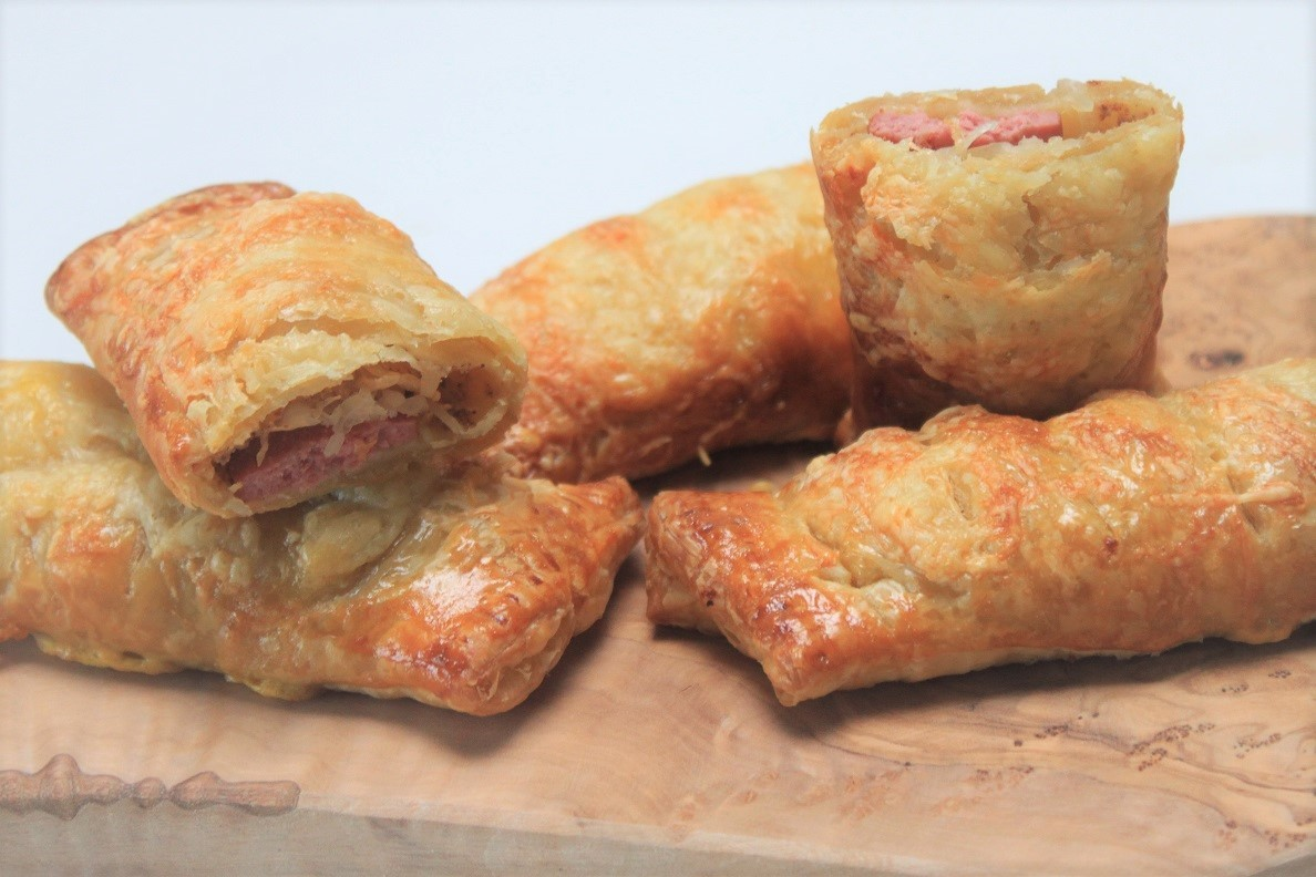 Zuurkoolbroodjes met rookworst recetp van Foodblog Foodinista