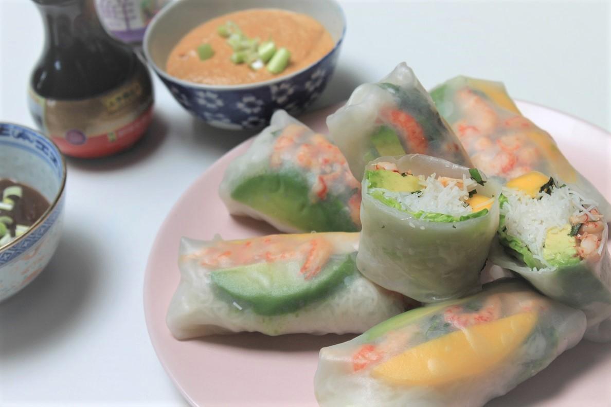 springroll met rivierkreeftjes, mango en avocado recept van Foodblog Foodinista