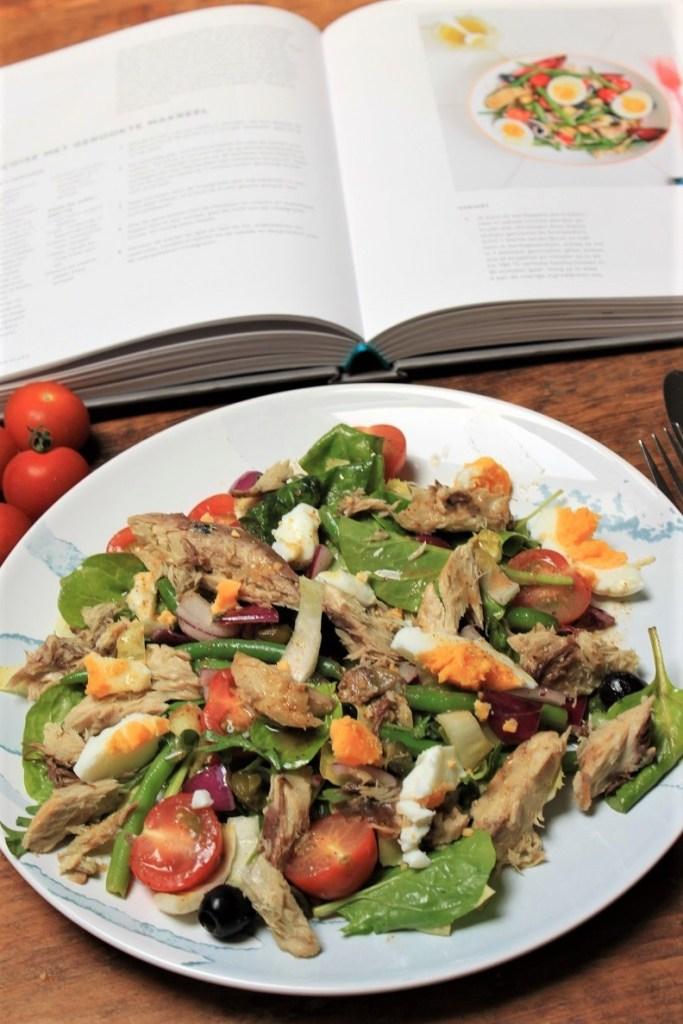Kookboek winnen Hemsley en Hemsley recept voor salade nicoise met makreel Foodblog Foodinista