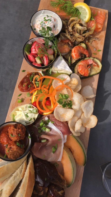 Borrelplank bij Restaurant De Brouwerij in Kamperland Zeeland Restaurant tip Foodblog Foodinista
