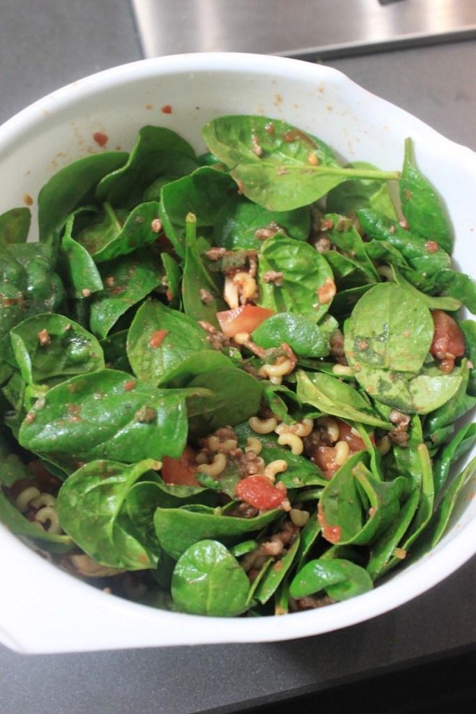 Ingrediënten pastagerecht met spinazie tomaat gehakt voor George Foreman grill Foodblog Foodinista