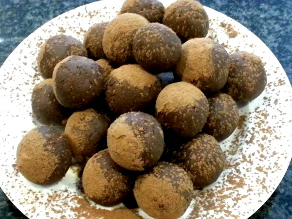 Chocolate-and-Goat-Cheese-Truffles2